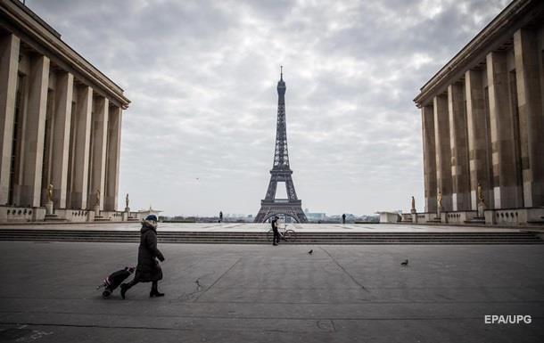 Китай передал Франции миллион защитных масок
