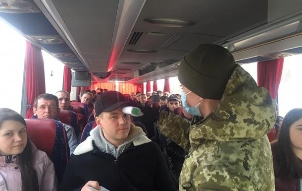 У Чернівецьку область з Європи повернулися півтори тисячі осіб
