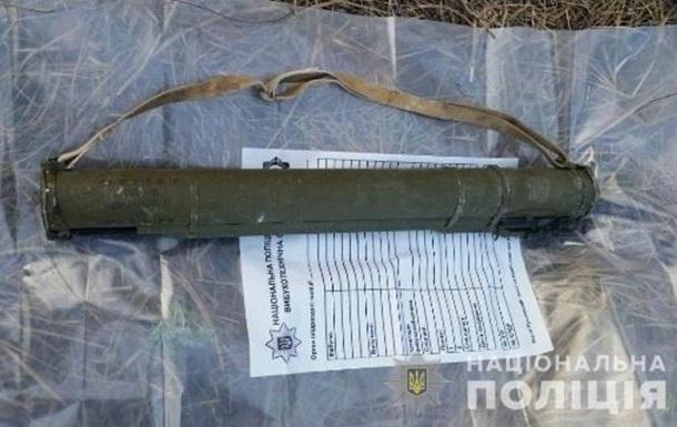 На Луганщине обнаружили два тайника с оружием
