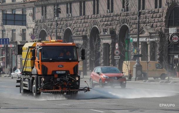 В Киеве введут режим ЧС