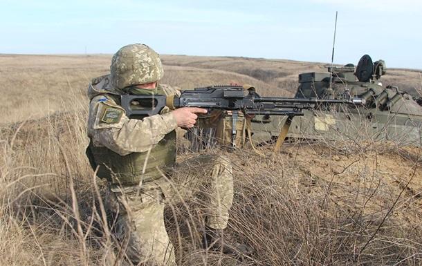 Возле Попасной ранили украинского военного
