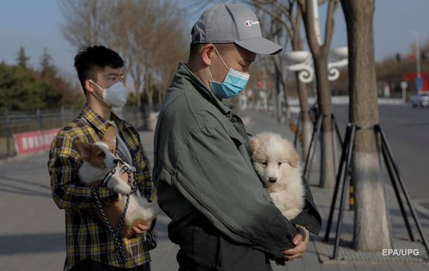 COVID-19 в Китаї: кількість хворих продовжує падати