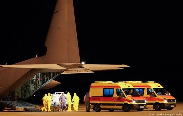 Германия принимает на лечение итальянцев с коронавирусом