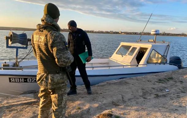 В Черном море пограничники преследовали рыбаков