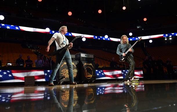Metallica  разбавит  карантин концертами в сети