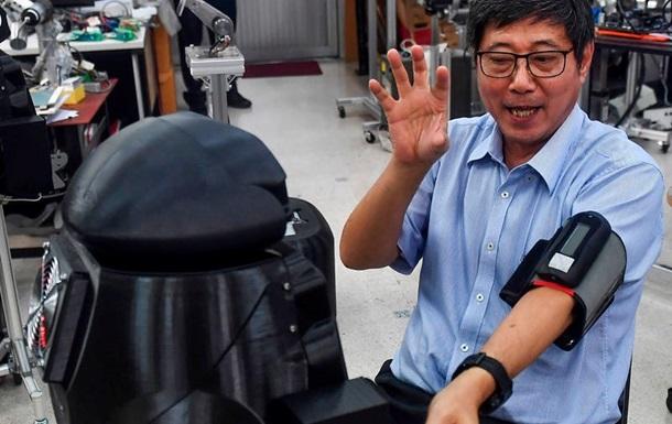В больницах Таиланда начали работать роботы