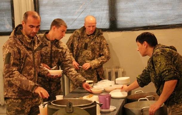 У украинских военных могут быть перебои с питанием из-за COVID-19 - СМИ