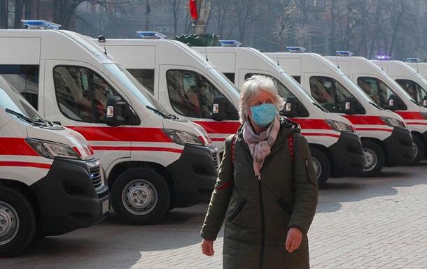 Ходьба по лезвию ножа: что стоит за режимом ЧС в Украине