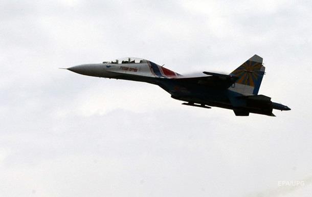 В акваторії Чорного моря упав російський Су-27