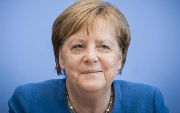 Другий тест Меркель на коронавірус також виявився негативним