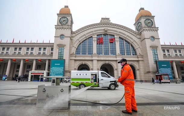 COVID-19: в Британии оценили эффективность остановки транспорта в Китае