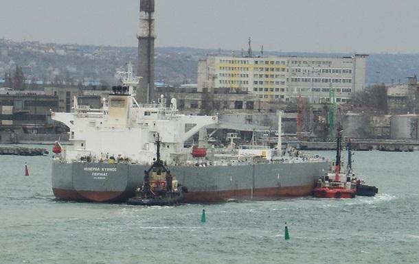 В Україну прибув перший в цьому році танкер з нафтою зі США