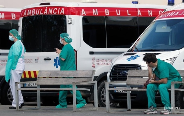 В Испании рекордная смертность от коронавируса
