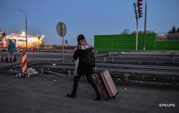 За границей остаются девять тысяч украинцев