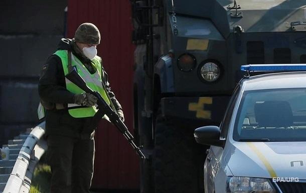 Два села под Киевом заблокировали на въезд и выезд