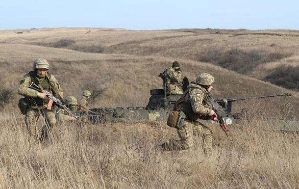 На Донбассе один военный погиб, двое были ранены