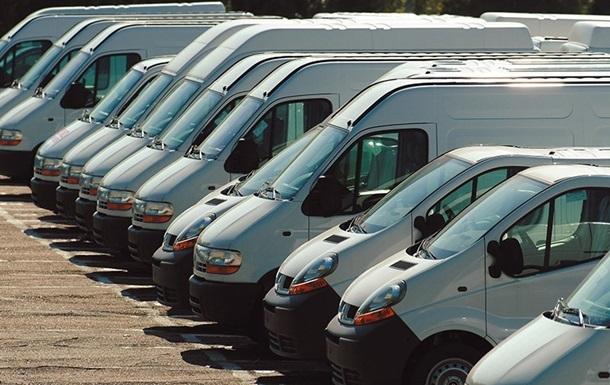 В марте резко упали продажи коммерческих авто