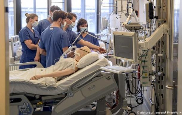 У ФРН тисячі медпрацівників інфіковані коронавірусом