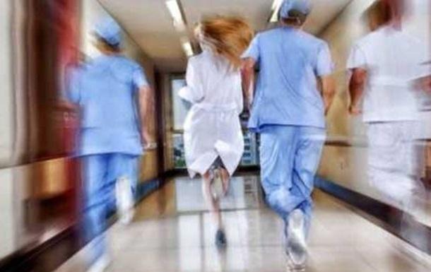 Коронавирус-19: во всем мире массово увольняются врачи