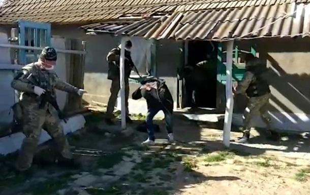 В Одесской области на границе задержали четверых молдаван с баяном