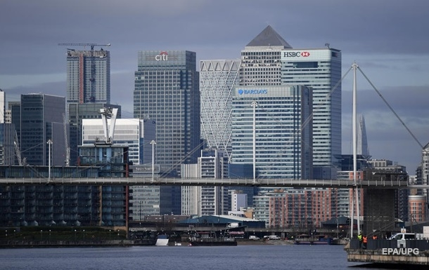 МВФ заявив про майже повну зупинку світової економіки