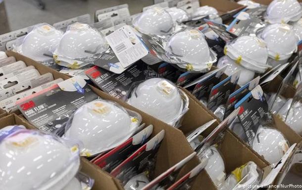 Китай стверджує, що з 1 березня продав за кордон майже 4 мільярди масок