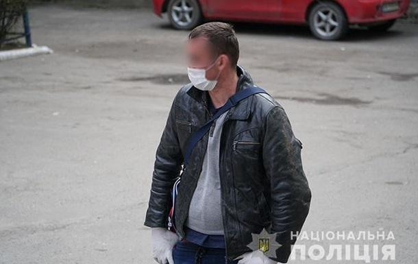 В Тернополе женщина не пустила в дом мужа, вернувшегося из Польши
