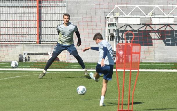 Гравці Баварії провели тренування на клубній базі, незважаючи на пандемію