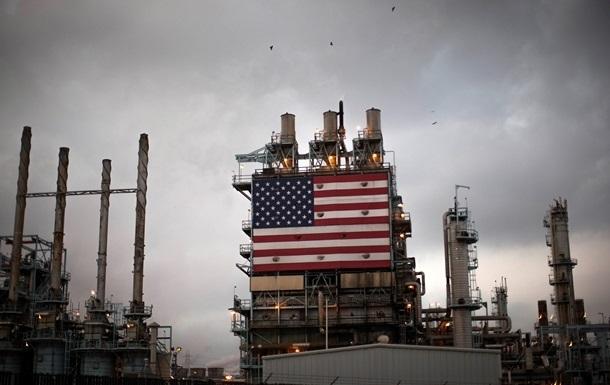 В США резко понизили прогноз цен на нефть
