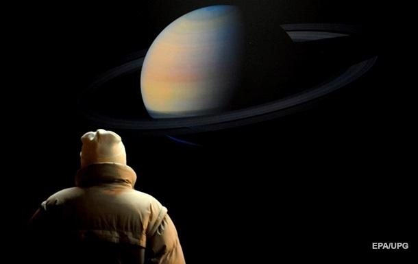 Ученые разгадали тайну горячей атмосферы Сатурна