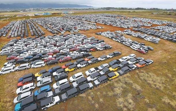 Найдено 100-километровое  кладбище  автомобилей