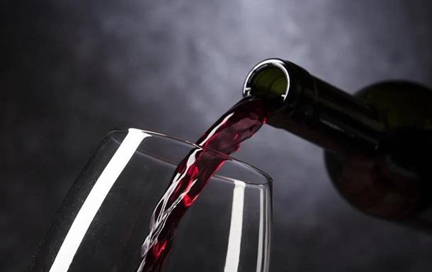 Красное вино замедляет старение - ученые
