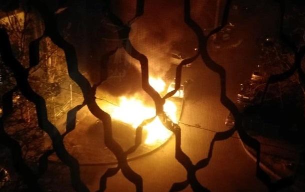 В Одессе ночью горели три авто