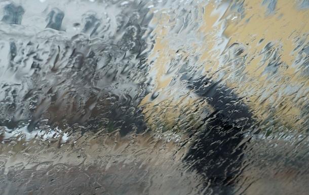 Украинцев на неделе ждут дожди и мокрый снег