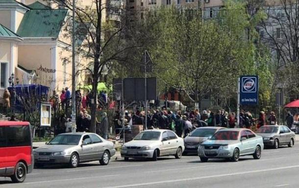 Карантин: в Одессе собирались толпы прихожан