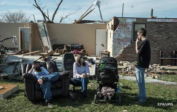 Торнадо в США: 18 погибших