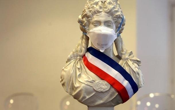 Франция продлевает карантинные меры до 11 мая