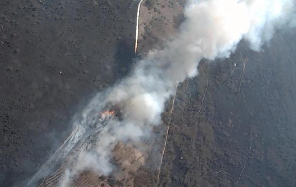 Пожары в Чернобыльской зоне показали с дрона