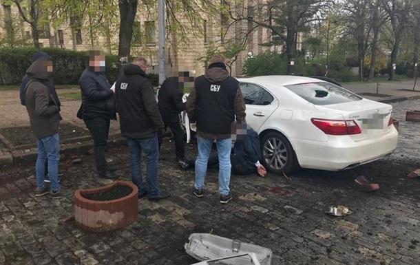 У Києві шахрай продавав  державні посади