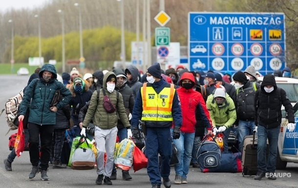 Ряд стран готовы послать за украинскими заробитчанами чартеры