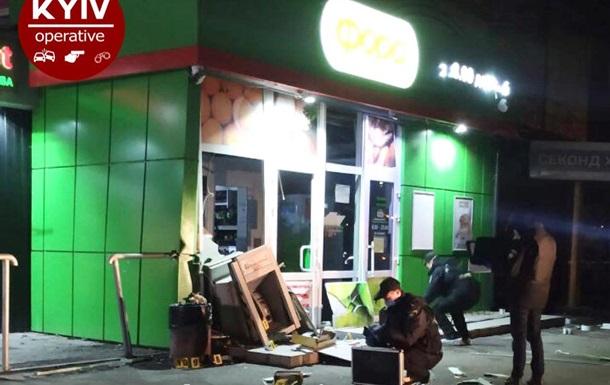У Києві вночі підірвали банкомат