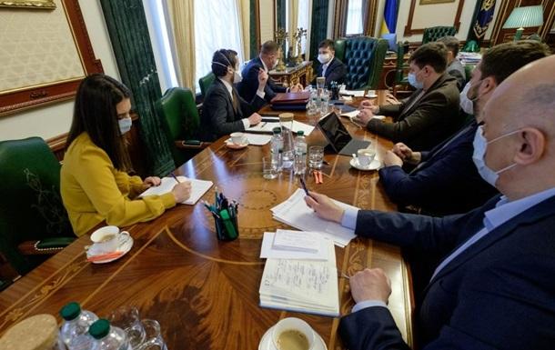 У Зеленского заявили о поставках украинских аппаратов ИВЛ в больницы