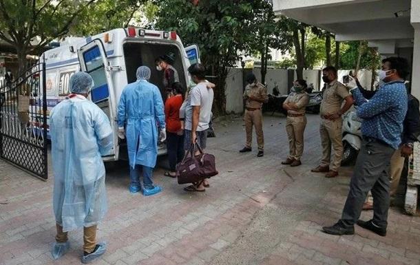 В Индии 72 семьи находятся на карантине из-за доставщика пиццы