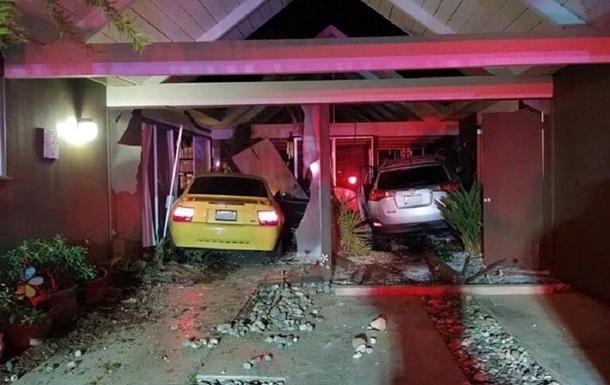 Водитель трижды врезался в один и тот же дом