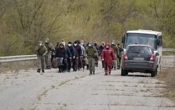 Агент ФСБ, бойовики і громадяни Росії. Кого Україна віддала під час обміну