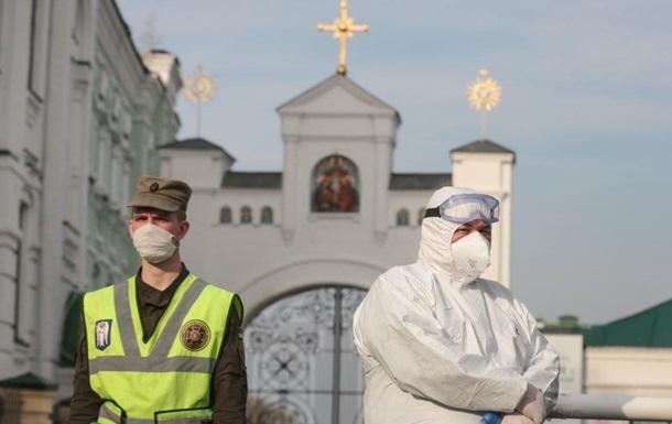 В Киево-Печерской лавре семь новых заболевших