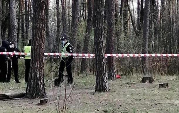У лісосмузі Києва знайшли труп у мішку