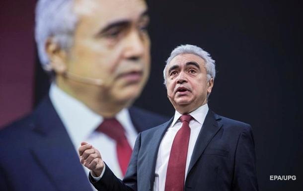 Глава МЕА закликав ОПЕК+ терміново скоротити видобуток нафти