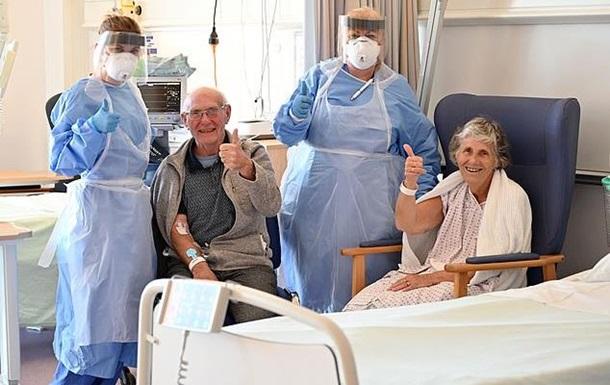 Пожилые супруги вылечились от коронавируса в один день