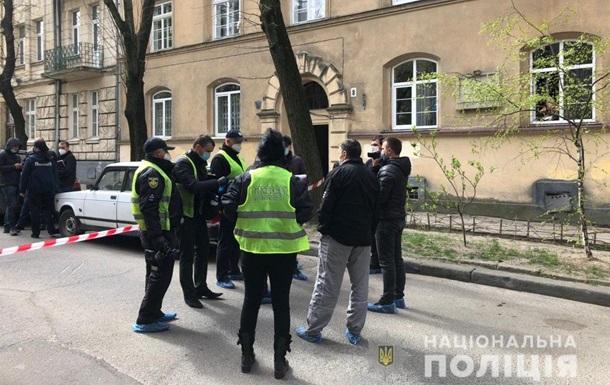 Во Львове во время вооруженного нападения убили мужчину